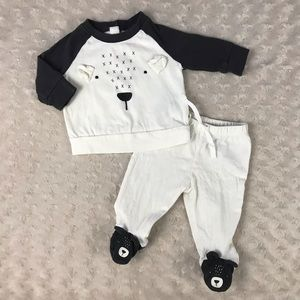 Baby Gap Bear Outfit Size 0-3 Months Two Piece